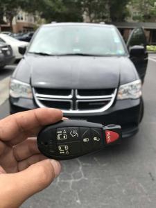 2015 Dodge Caravan key fob (2)
